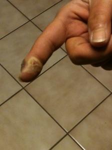 Mom finger 004
